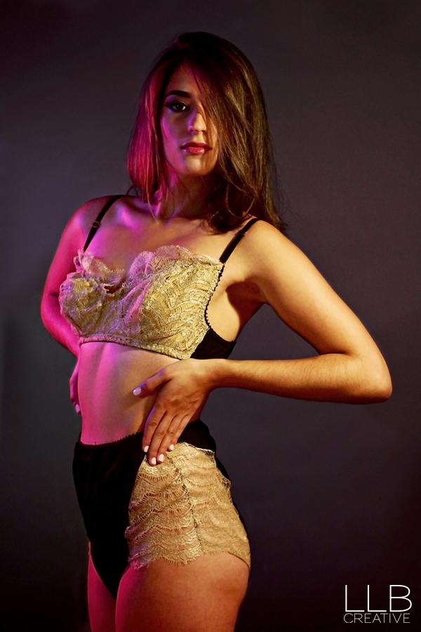 LLB-Creative-Luxette-Lingerie-Toronto-boudoir-photography-10