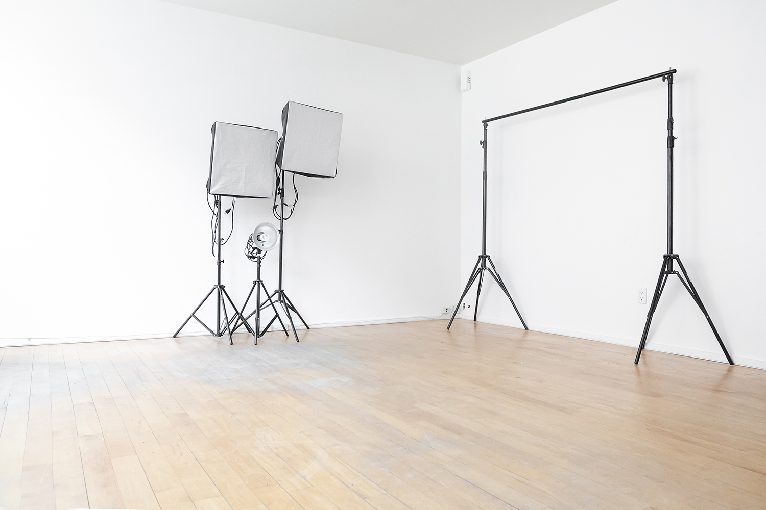 cheap photography studio rental toronto